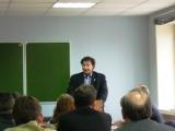 выступает Олег Бабич секретарь профсоюза Защита по организационнной работе.